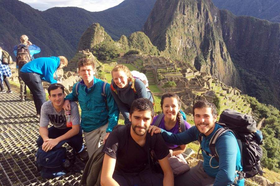 ${ Students in Peru }