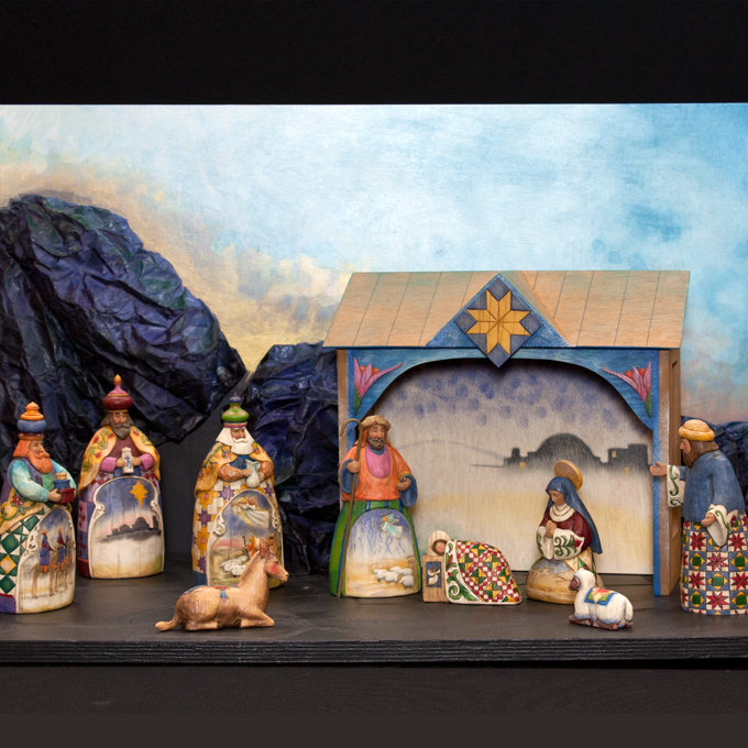 Jim Shore Usa The Set Reflects A New Tendency In The U S Christmas Culture Jim Shore Created This Nativity Set With Painted Figures For Enesco